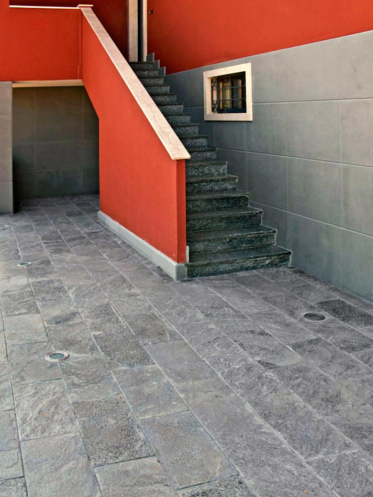 [10] Riflessi lucenti - abitazioni, beola, beola argentata, beola grigia classica, lastricato